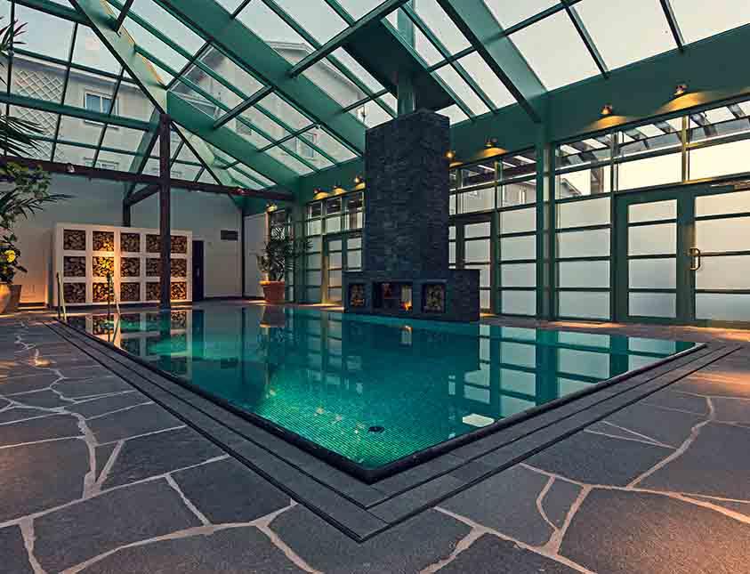Poolen väntar på dig i vårt spa The Retreat Club på Falkenberg Strandbad