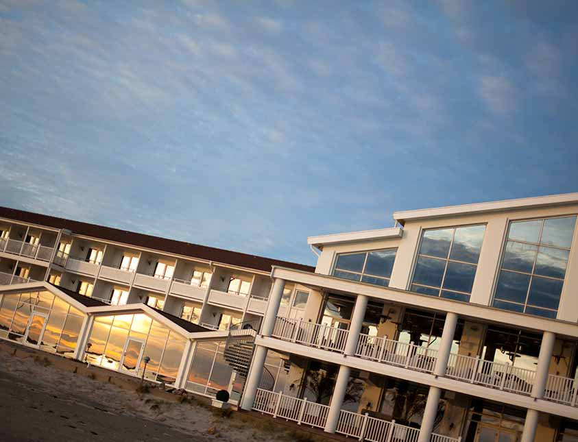 Boka in en vistelse på Falkenberg Strandbad och få en magisk upplevelse