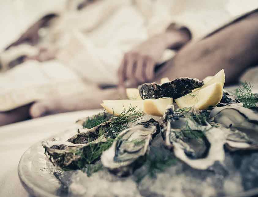 Härliga ostron på hotellrummet på Falkenberg Strandbad